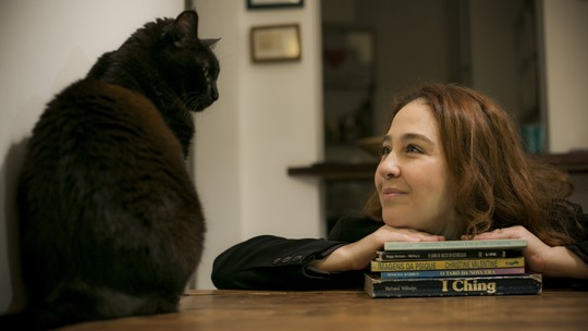 'Amor de Bicho': Debora Lamm apresenta sua gatinha Preta