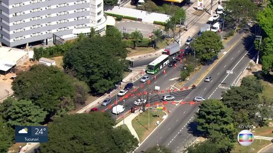 Trânsito ficou complicado no 1º dia útil de interdição na ponte do Jaguaré