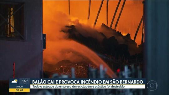 Queda de balão incendeia empresa de reciclagem no ABC paulista