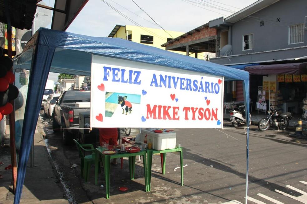 Festa do cachorro teve churrasco e bebida liberada no sábado (11) (Foto: Arquivo Pessoal)