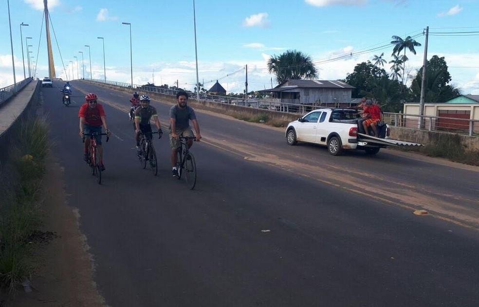 Ciclovias garantem maior organização dos espaços e também segurança a quem utiliza a bike como meio de transporte  (Foto: Adelcimar Carvalho/G1)