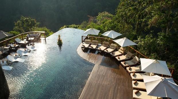 Outro ângulo de uma das piscinas do hotel (Foto: Getty Images)