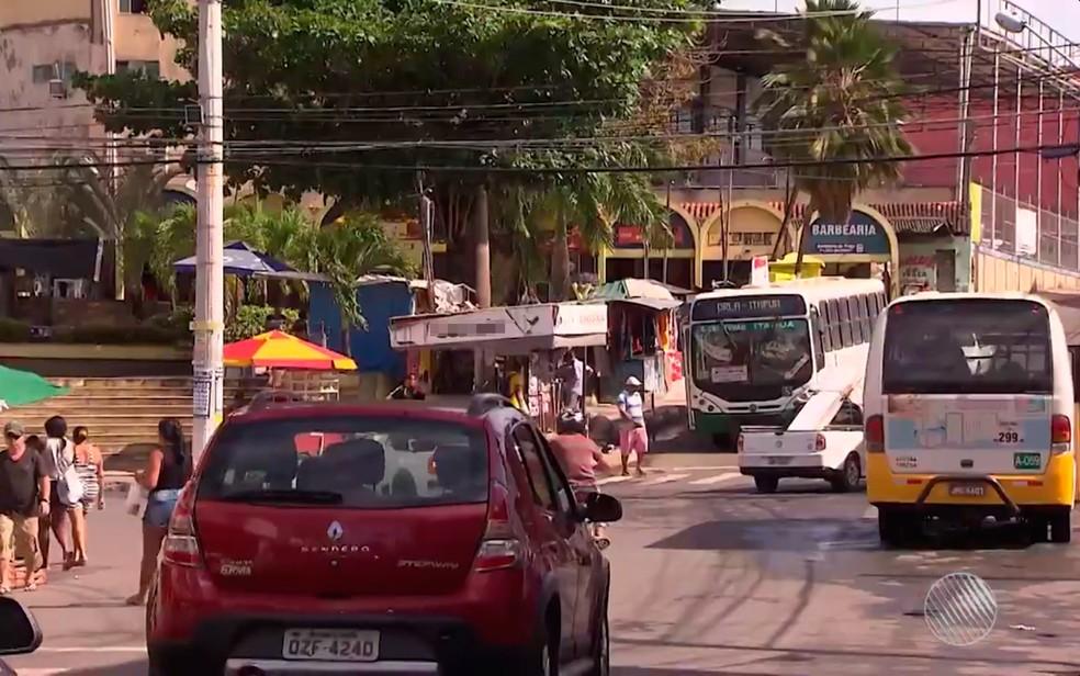 Bairro de Itinga, centro de disputa entre Salvador e Lauro de Freitas. (Foto: Reprodução/TV Bahia)