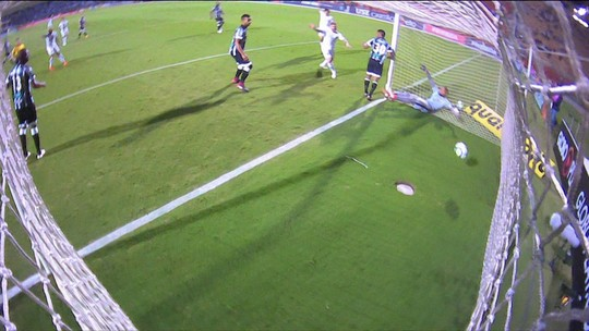 Árbitros, Pedro Botelho, Pio, Agenor e Léo Ortiz disputam o garrancho da rodada