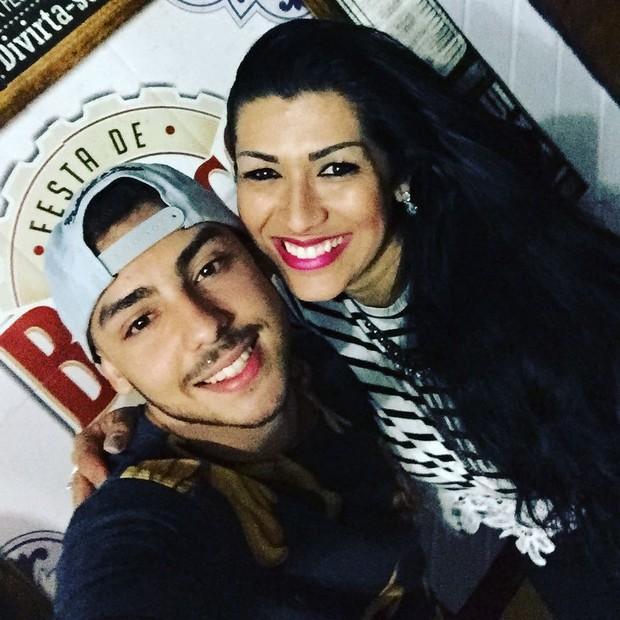Ellen Cardoso e o filho, Victor (Foto: Reprodução/Instagram)