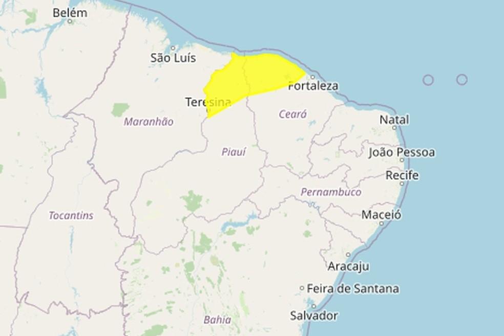 Inmet alerta para perigo de chuvas intensas e rajadas de ventos em 60 cidades do Ceará