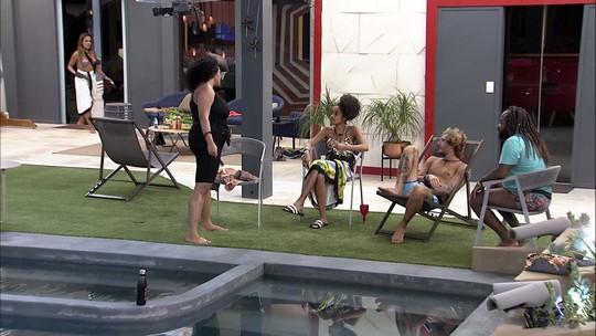 Rodrigo comenta brincadeira na piscina: 'A gente tem respeito um pelo outro, mas a gente é adulto'