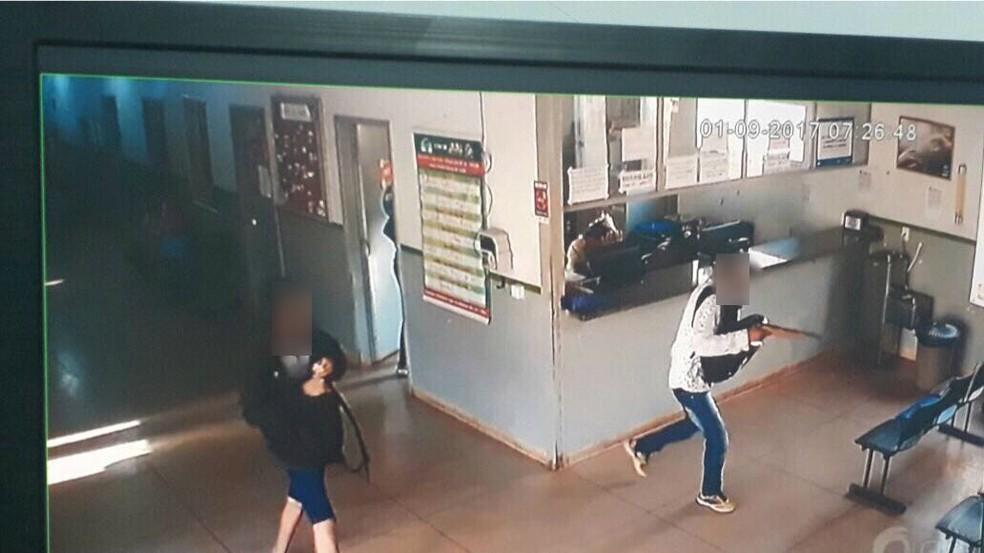 Assalto foi em unidade de saúde de Araguaína (Foto: Reprodução)