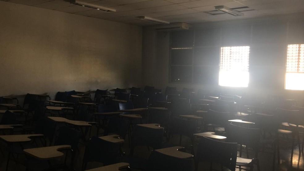 UFMT teve fornecimento de energia suspenso por falta de pagamento — Foto: Reprodução
