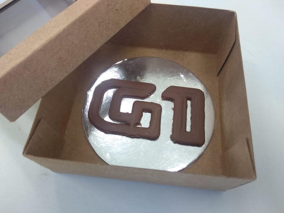 Logo do G1 feito em impressora 3D de chocolate — Foto: Carolina Kuroda/Arquivo pessoal