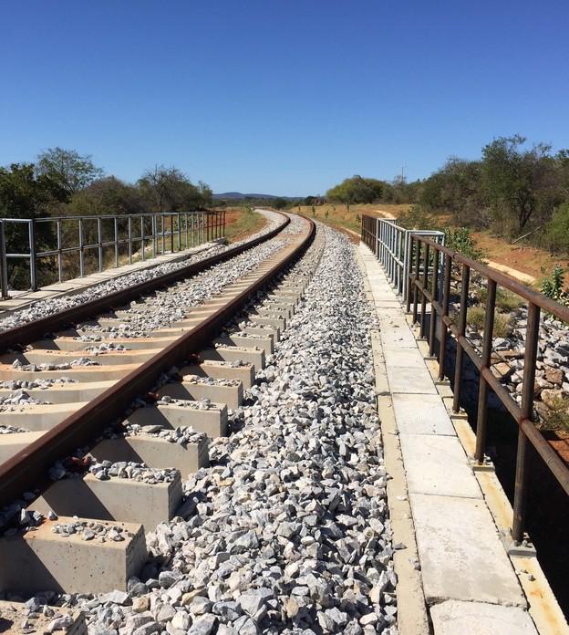 infraestrutura-ferrovia-obra-fiol