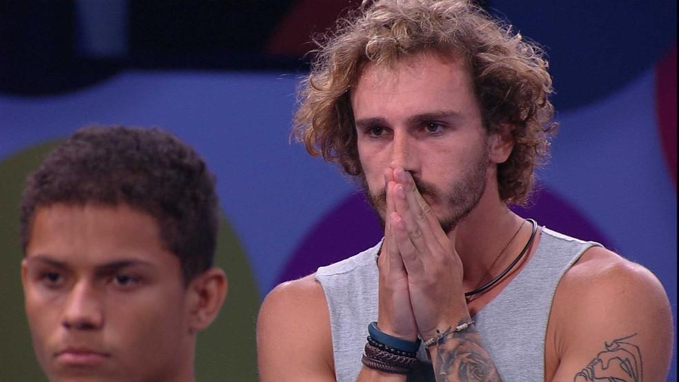 Alan indica Hariany para o Paredão — Foto: TV Globo