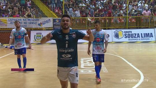 Com virada no fim, Campo Mourão bate Foz e emplaca a 5ª vitória seguida na LNF