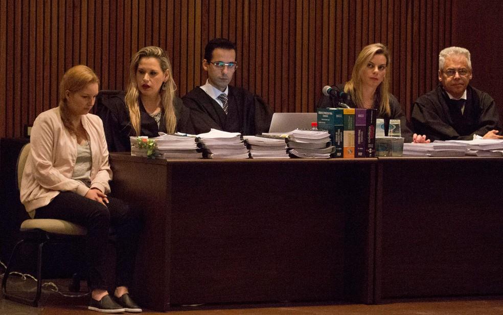 Elize Matsunaga durante julgamento realizado no Fórum Criminal da Barra Funda, na zona oeste de São Paulo (Foto: Mister Shadow/Asi/Estadão Conteúdo)
