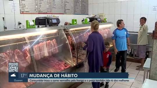 Procura por carne de frango cresce em açougues e supermercados de Barbacena