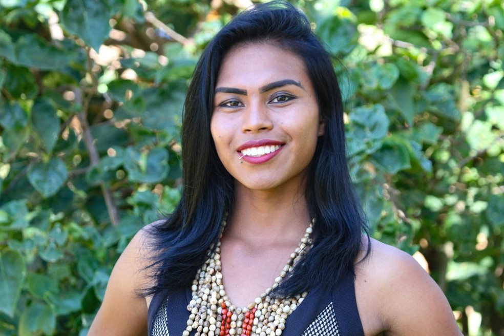 Katrina Malbem é a primeira candidata transgênero do Miss Indígena em MS. — Foto: Organização do Miss Indígena/Reprodução