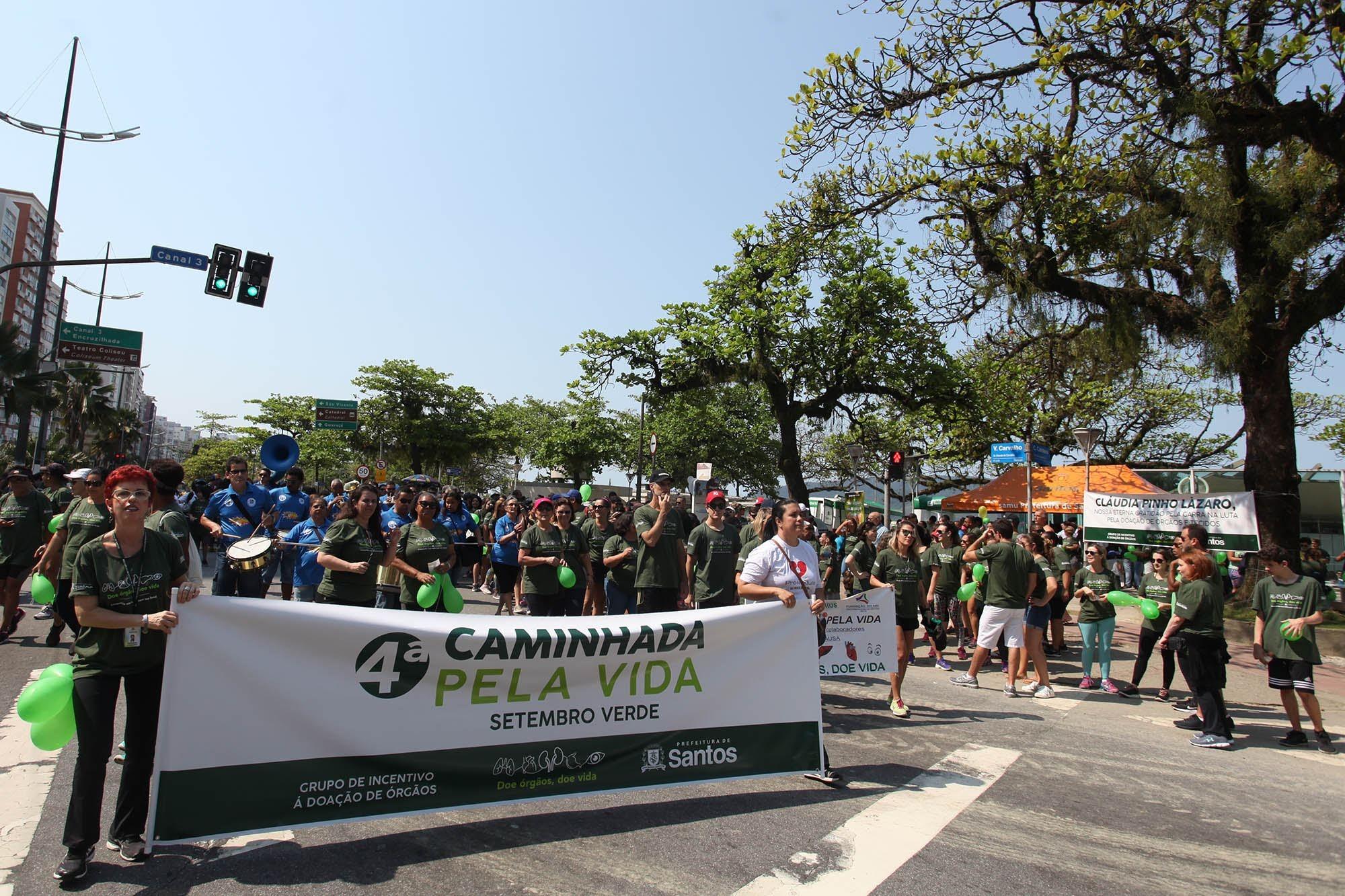 Caminhada em prol da doação de órgãos movimenta orla de Santos - Notícias - Plantão Diário