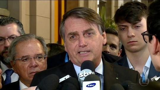 Bolsonaro diz que já informou os EUA sobre filho para embaixada