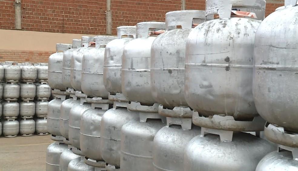 Reajuste do botijão de gás — Foto: Reprodução/ TV Grande Rio