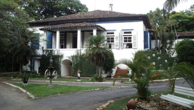 Hotel Fazenda onde D Pedro passou  (Foto: Paulo Rezzutti/BBC)