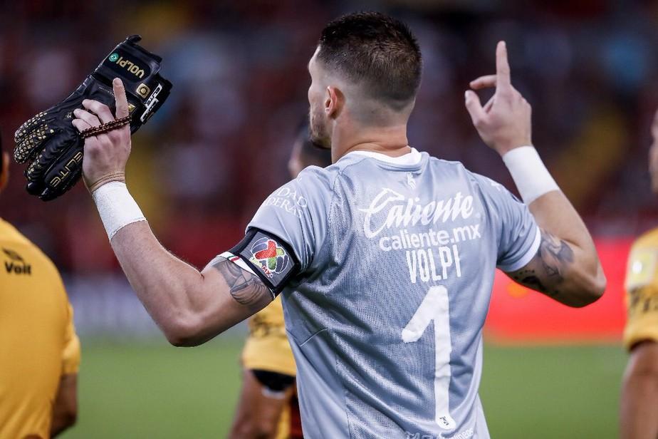 Querétaro se despede de Volpi, reforço do São Paulo: