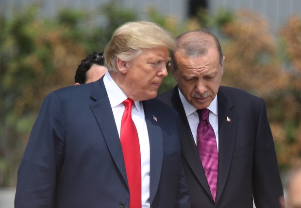 BRUSSELS, BELGIUM - JULY 11: U.S. President Donald Trump (L) and Turkish President Recep Tayyip Erdogan attend the opening ceremony at the 2018 NATO Summit at NATO headquarters on July 11, 2018 in Brussels, Belgium. Leaders from NATO member and partner st (Foto: Sean Gallup/Getty Images)