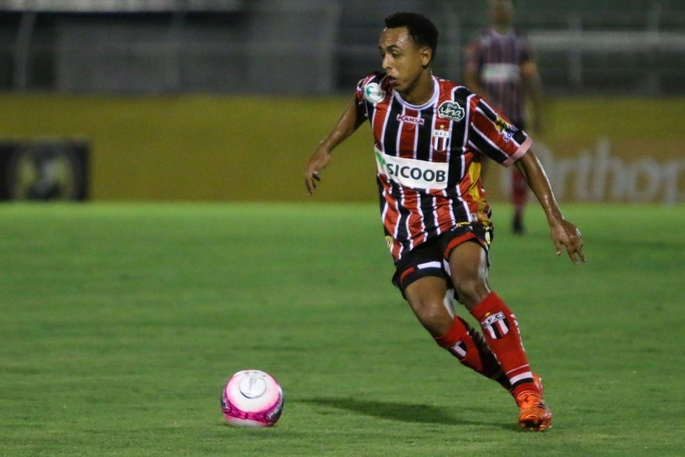 ... Dodô estava no Botafogo-SP — Foto  Rogério Moroti   Agência Botafogo 0a1d90a29f87b