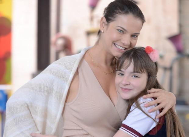 e20cf156f909b Luísa (Milena Toscano) vai começar a demonstrar maior carinho pela  sobrinha