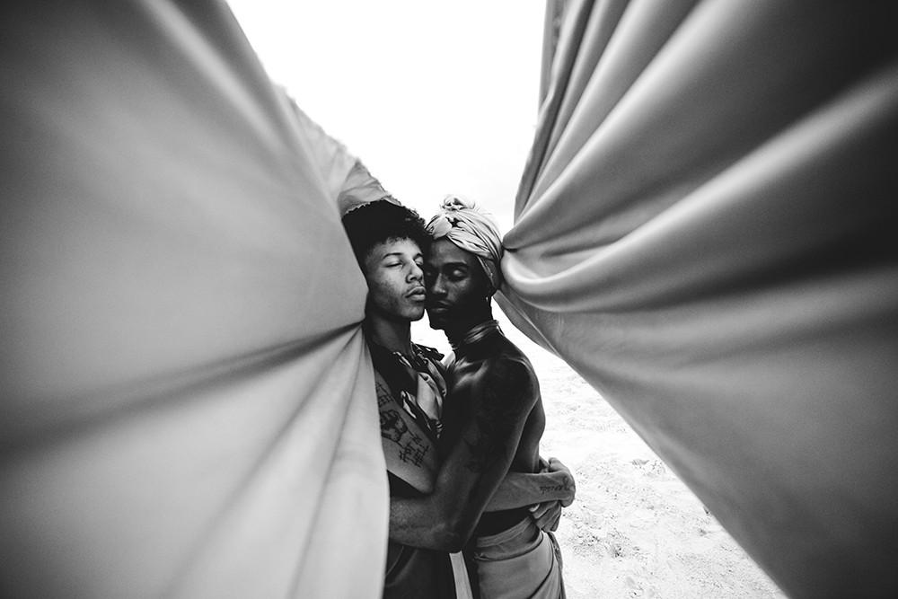 """""""Durante três séculos da história do Brasil, o tráfico negreiro provocou o encontro de povos africanos de diferentes reinos, culturas e nações no mesmo espaço"""" (Foto: Matheus L8)"""