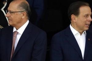 O governador de São Paulo, Geraldo Alckmin, e o prefeito, João Doria, participam do desfile de 7 de Setembro