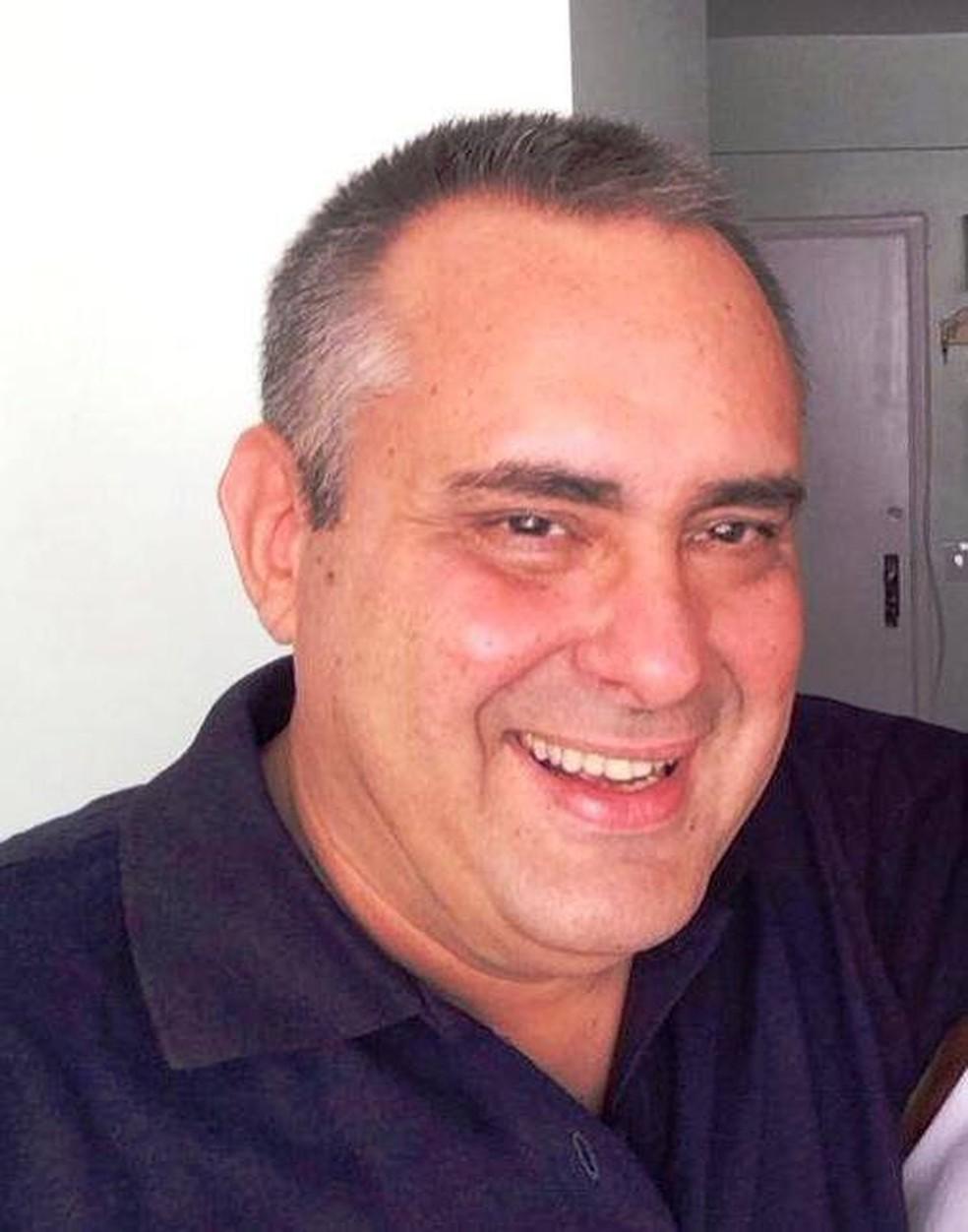 Octavio Tostes, jornalista, morreu aos 62 anos, no Rio de Janeiro — Foto: Reprodução/Redes sociais