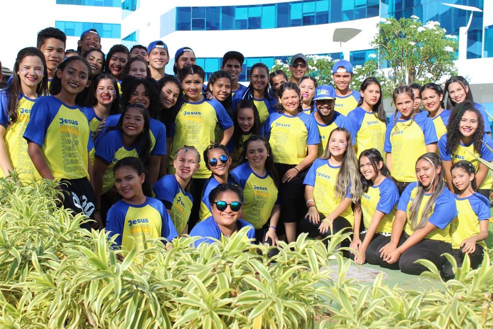 Grupo fez aprensentação de dança (Foto: Pedro Bentes/ G1)