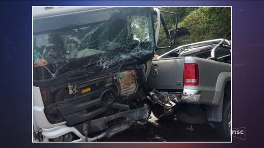 Em 15 horas, quatro homens morrem em acidentes em rodovias federais de SC