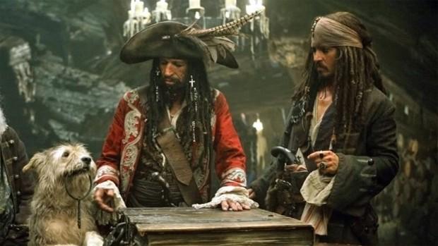 Rede Globo > filmes - Keith Richards interpreta o pai de Jack Sparrow em filmes 'Piratas do Caribe'
