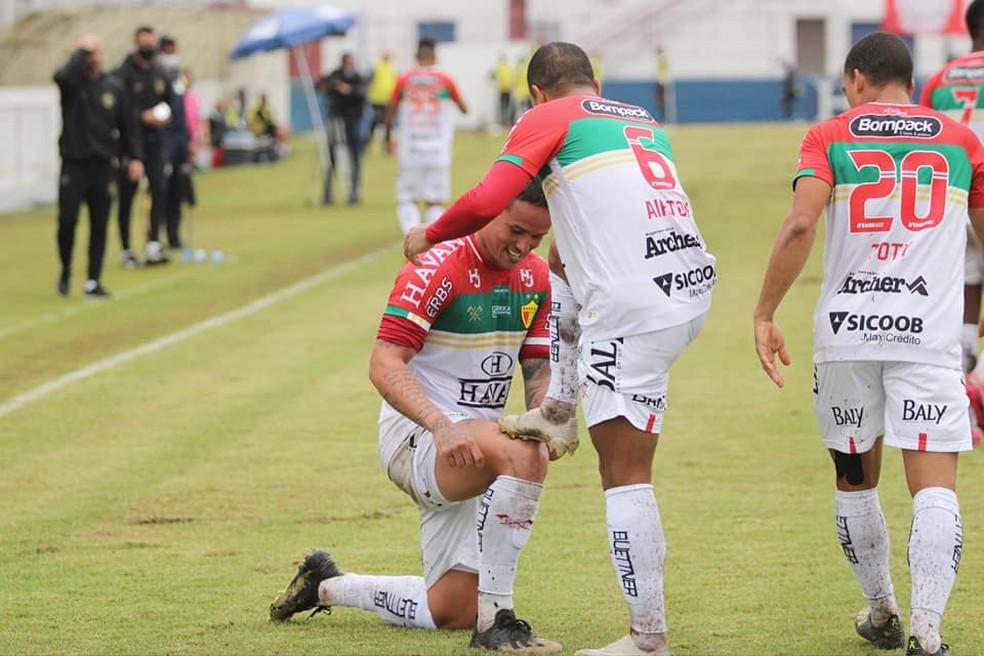 Edu vibra com gol em retorno ao Brusque — Foto: Lucas Gabriel Cardoso/Brusque