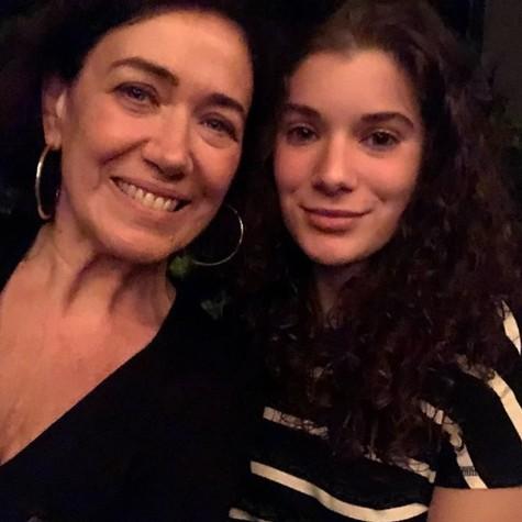 Lilia Cabral e a filha Giulia (Foto: Reprodução / Instagram)