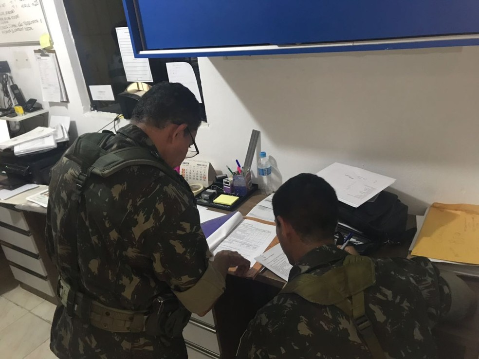 Fiscalização do Exército durante Operação Dínamo VI, em 2018. — Foto: Exército Brasileiro/Divulgação/Arquivo