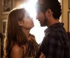 Renato Góes e Sophie Charlotte em 'Os dias eram assim' | Raphael Dias/Gshow