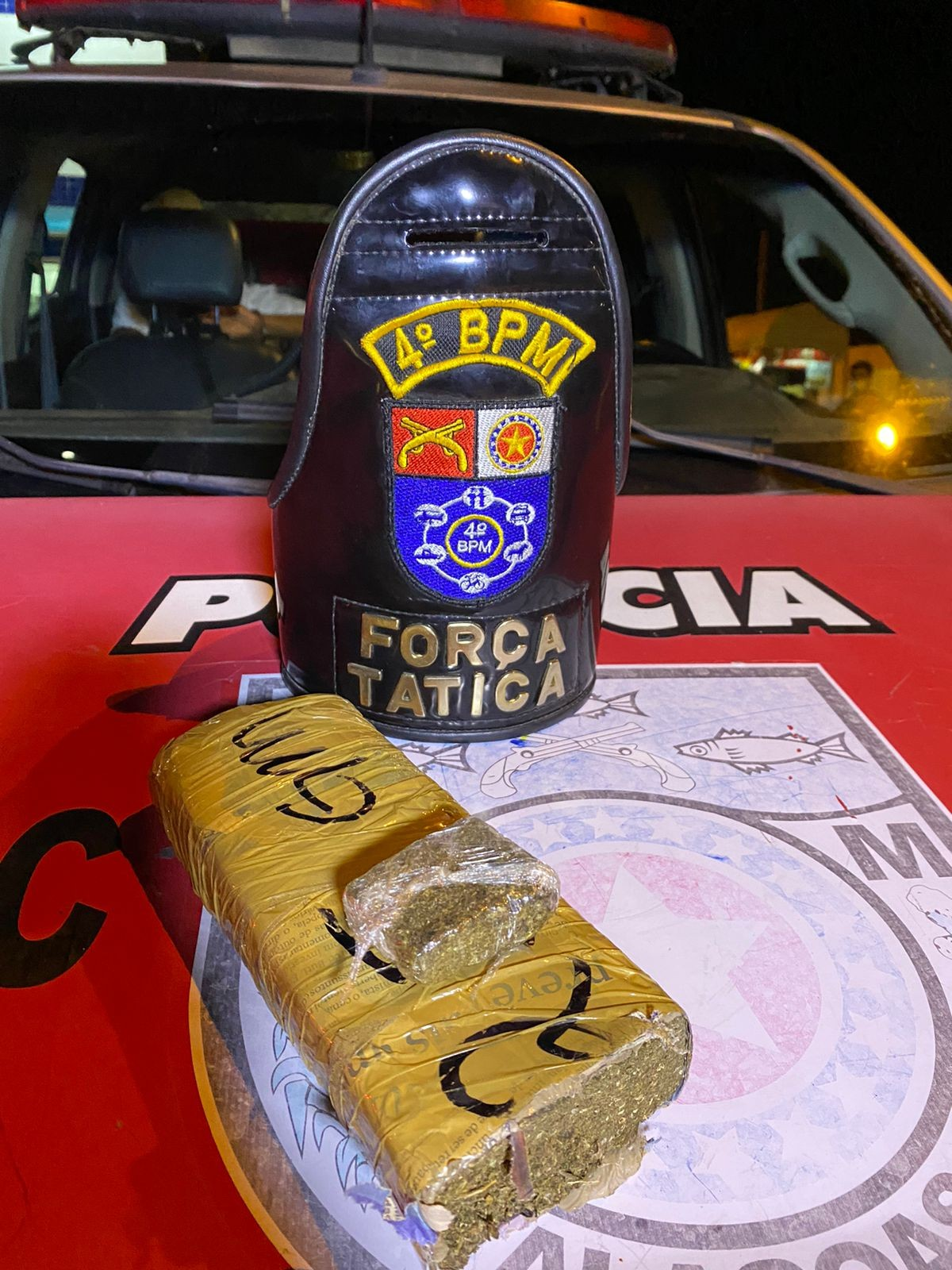 Suspeito de tráfico de drogas é preso na Ladeira do Calmon, em Maceió