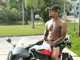 Nego do Borel sofre acidente de moto e é hospitalizado no Rio (Reprodução)