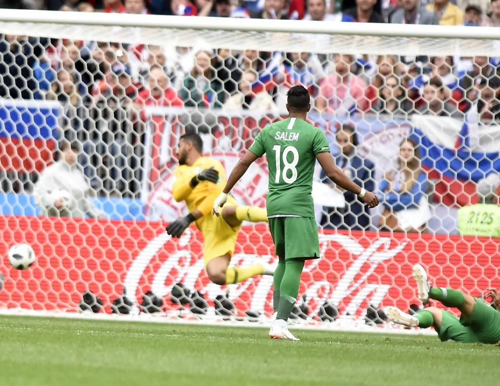 Arábia Saudita tomou cinco gols da Rússia (Foto: André Durão)