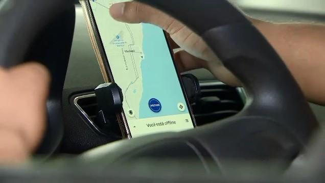 Vereadores aprovam aumento da idade máxima para carros de app em Fortaleza e limite para remuneração das plataformas