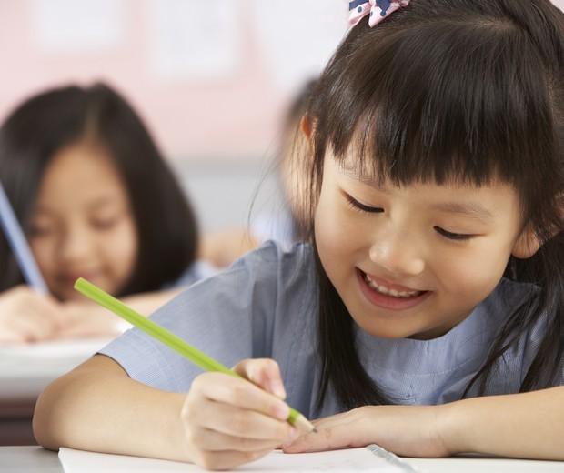 criança escola (Foto: Thinkstock)