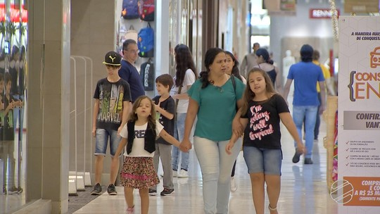 Comemorações de fim de ano e compra de presentes devem movimentar R$ 254,3 milhões em MS