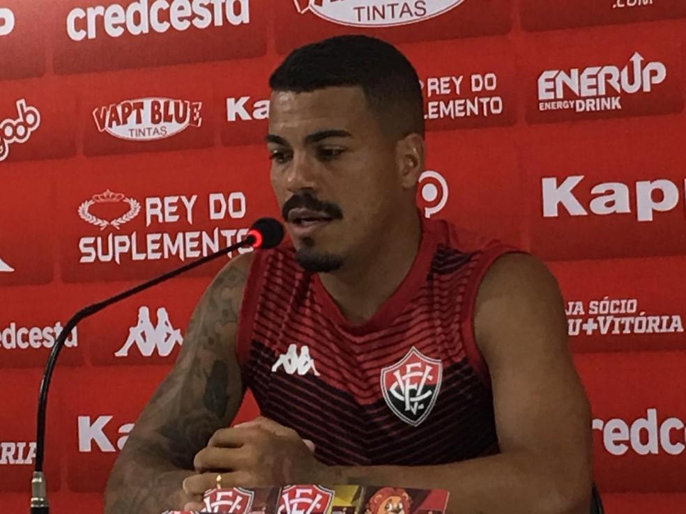 Lateral diz que Vitória precisa ficar mais ligado aos detalhes — Foto: Ruan Melo