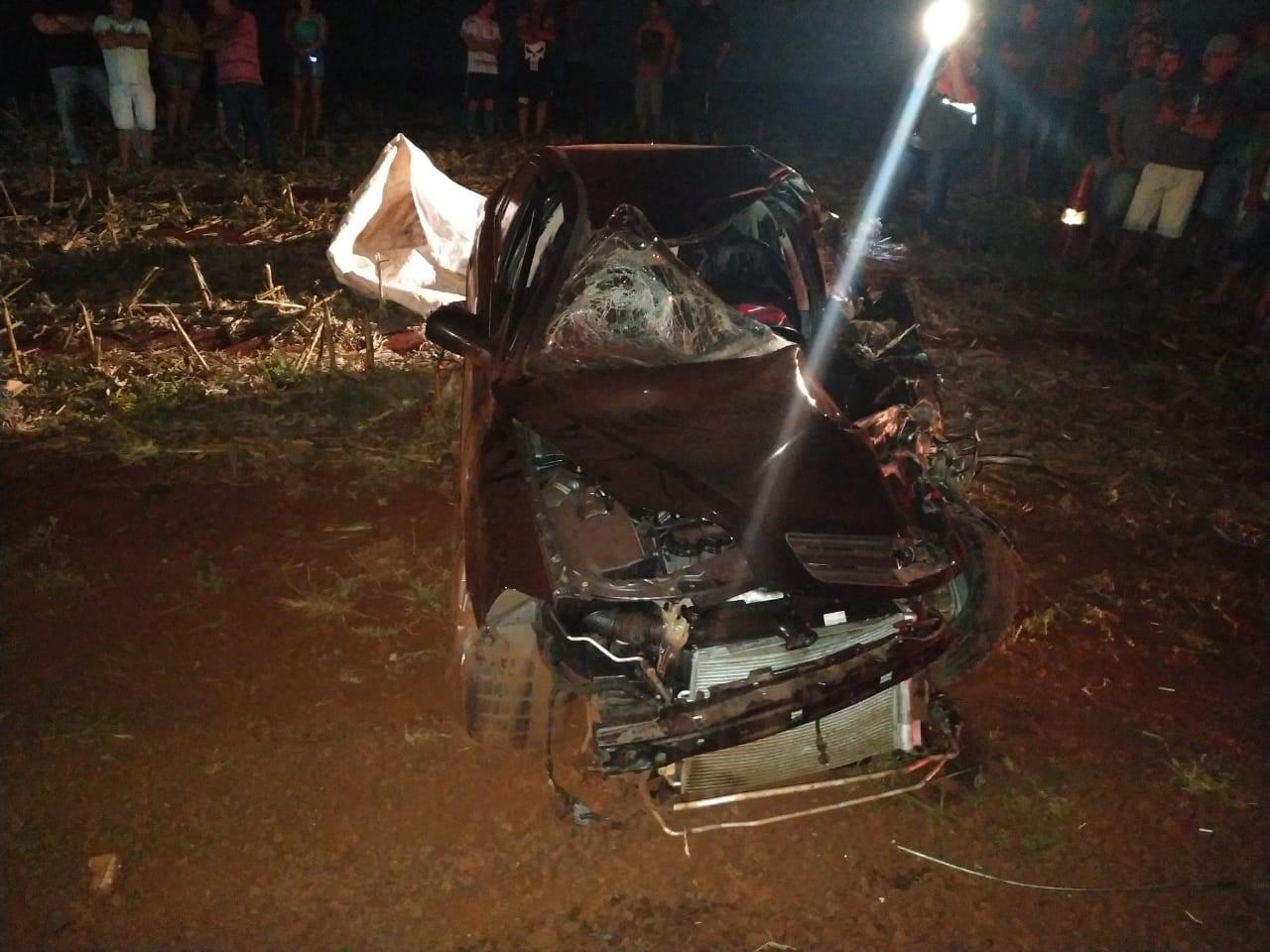 Duas pessoas morrem após carro e moto baterem de frente, na PR-581 - Notícias - Plantão Diário