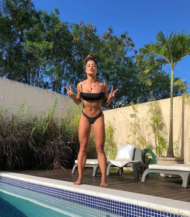 Aline Riscado (Foto: Reprodução Instagram)