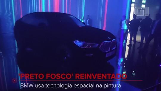 'Preto fosco' reinventado: BMW mostra carro com pintura que não reflete