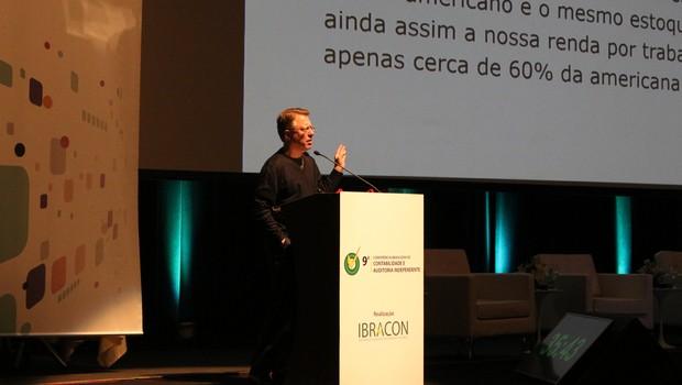 Marcos Lisboa, presidente do Insper, durante a 9ª Conferência Brasileira de Contabilidade e Auditoria Independente (Foto: Divugação)