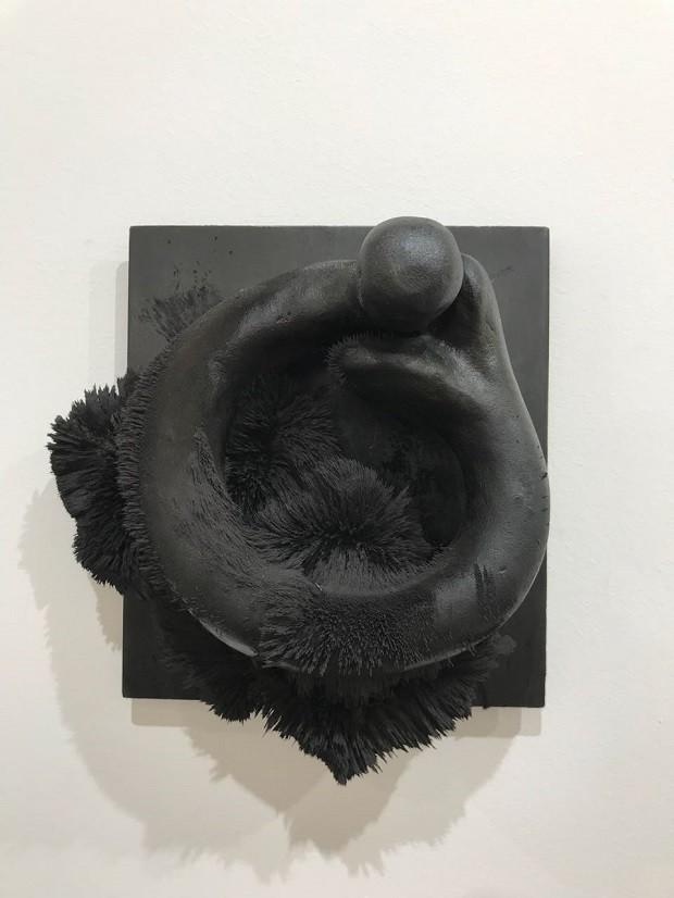 Tunga, 1983 - Galeria Millan (Foto: João Paulo Siqueira Lopes)